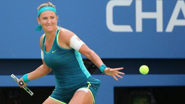 Běloruska Viktoria Azarenková v osmifinále US Open s Američankou Varvarou Lepchenkovou.