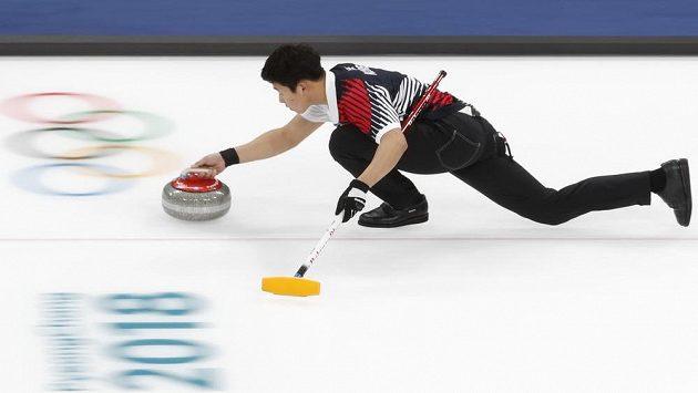 Den a půl před oficiálním zahájením XXIII. zimních her v Pchjongčchangu odstartovali olympijské soutěže curleři v nové disciplíně smíšených dvojic.