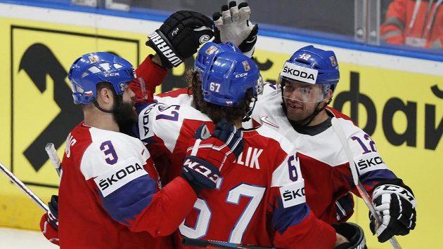 Tři body jsou doma, Česko porazilo Lotyšsko.