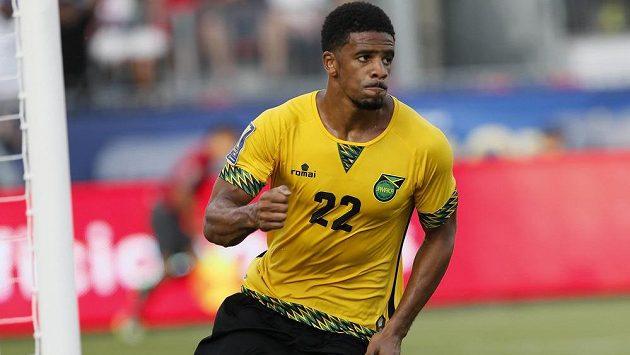Jamajčan Garath McCleary poté, co dal rozhodující branku proti Salvadoru během utkání mistrovství Severní a Střední Ameriky.