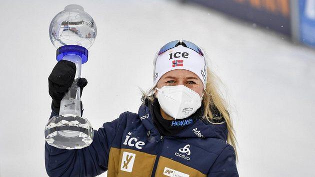 Norská biatlonistka Tiril Eckhoffová vybojovala velký křišťálový globus.
