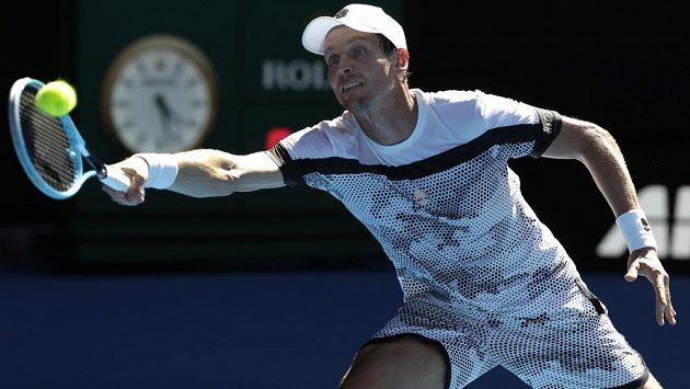 Tomáš Berdych v utkání s Rafaelem Nadalem.