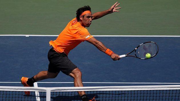 Marcos Baghdatis v duelu s Gaëlem Monfilsem na letošním US Open.