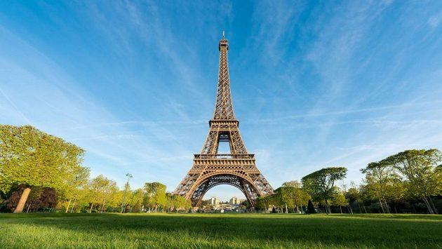 Eiffelova věž si tentokráte zaběhla maratón v Dublinu. (ilustrační foto)