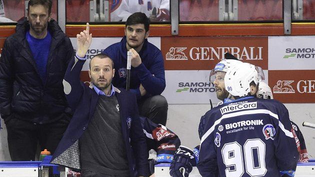 Trenér Ladislav Čihák chystá hokejisty Plzně na semifinále s Třincem.