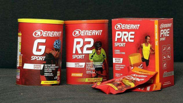 Energetické doplňky stravy určené pro sportovce Enervit.