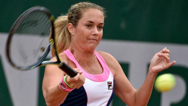 Klára Koukalová postoupila na turnaji v Birminghamu do osmifinále.