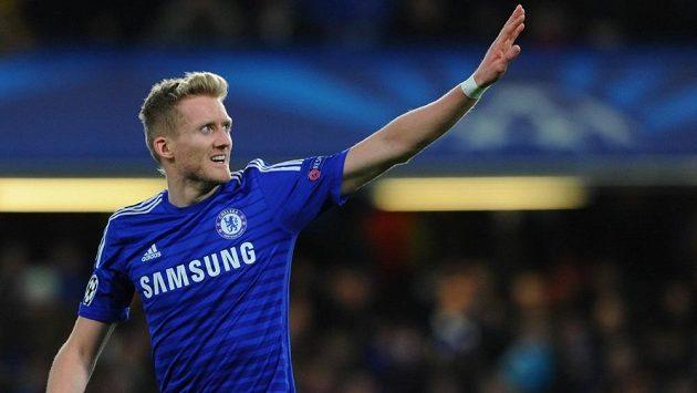 André Schürrle dává Chelsea sbohem a míří do Wolfsburgu.