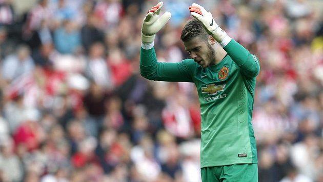 Zklamaný brankář Manchesteru United David de Gea po remíze v Sunderlandu.