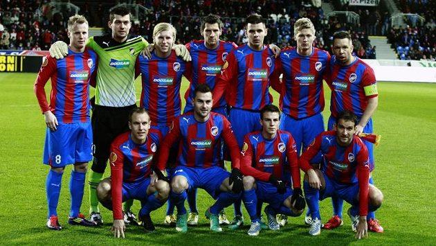 Tým Viktorie Plzeň před utkání Evropské ligy proti Atlétiku Madrid.