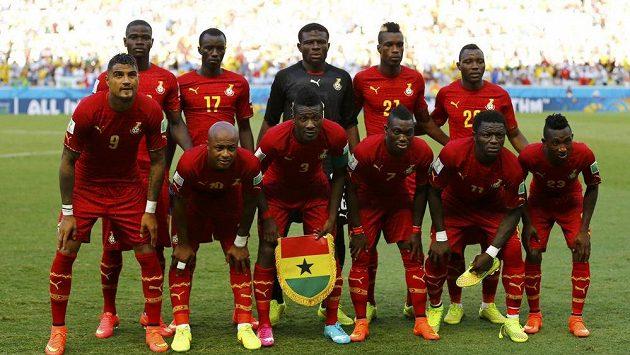 Výbě Ghany se musí obejít bez Muntariho a Boatenga.
