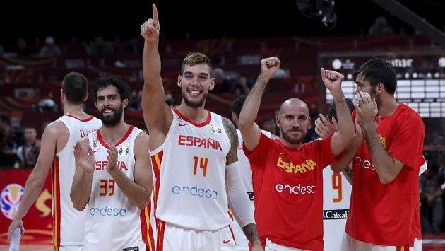 Basketbalisté Španělska si na mistrovství světa po třinácti letech zahrají o zlato.