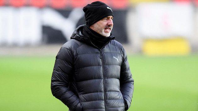 Trenér Slavie Praha Jindřich Trpišovský už s předstihem plánoval, jak si s krátkou přestávkou poradí.
