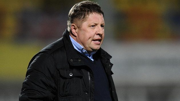 Petr Čuhel už není trenérem fotbalistů Příbrami.