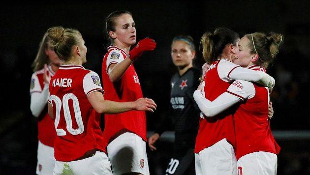 Radost hráček Arsenalu.