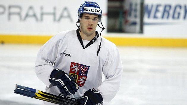 Hokejový útočník Michal Vondrka na tréninku reprezentace.