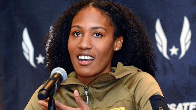 Americká atletka Ajee Wilsonová přišla kvůli pozitivnímu dopingovému testu o halový národní rekord v běhu na 800 metrů. Antidopingová agentura USADA jí ale nezastavila činnost, neboť podle výsledků vyšetřování pozřela zakázaný zeranol nevědomky v kontaminovaném mase.