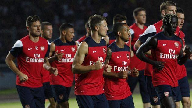 Fotbalisté Arsenalu Londýn se zatím výrazné posily nedočkali.