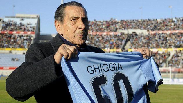 Uruguayská fotbalová legenda Alcides Edgardo Ghiggia zemřela ve věku 88 let.