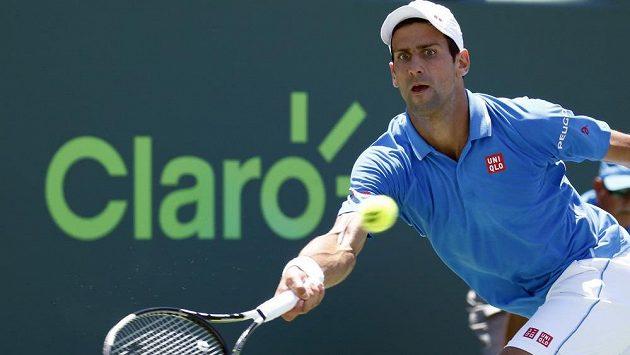 Novak Djokovič ve finále turnaje v Maimi.