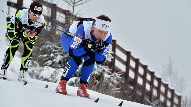 Běžkyně na lyžích Karolína Grohová (vpravo) při MSJ v Liberci.