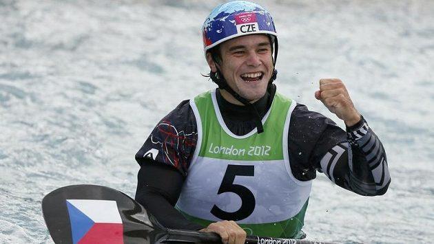 Kajakář Vavřinec Hradilek zajel v olympijském finále životní závod. Skvělý čas hned oslavil radostným gestem