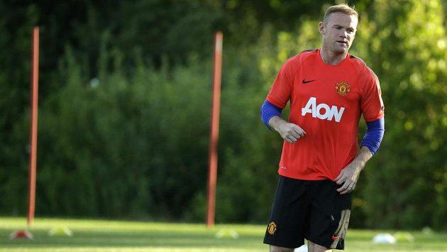Anglický útočník Wayne Rooney během tréninku.