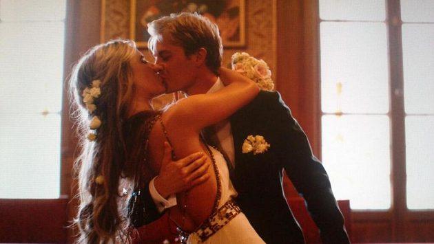Nico Rosberg se svou chotí Vivian Siboldovou se stali podruhé rodiči.