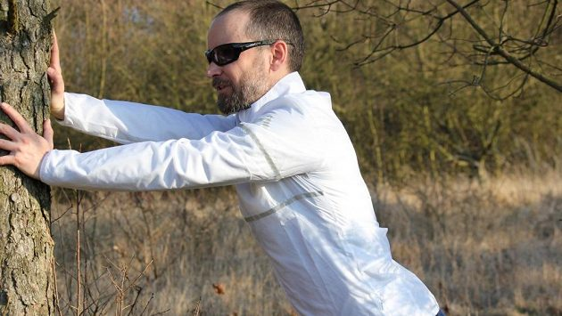 Běžecká větrovka Reebok Run Hero Jacket