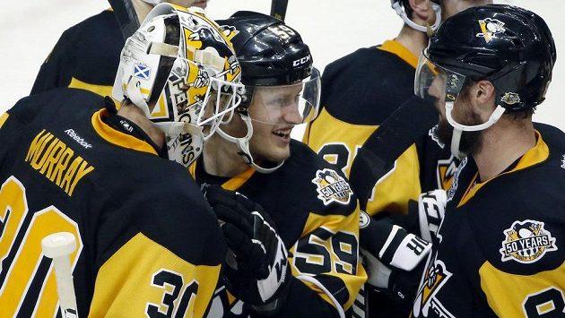 Hokejisté Pittsburghu slaví druhé vítězství ve finále NHL.