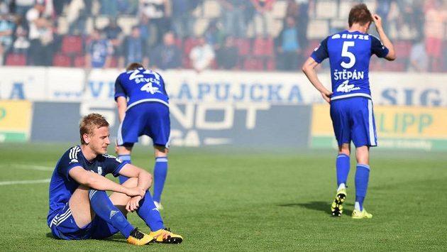 Hráči Olomouce smutní po sestupu z nejvyšší soutěže.