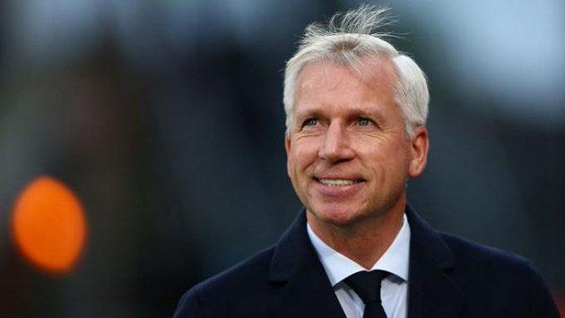 Bývalý trenér fotbalistů Newcastlu či West Hamu Alan Pardew bude pracovat pro CSKA Sofia.