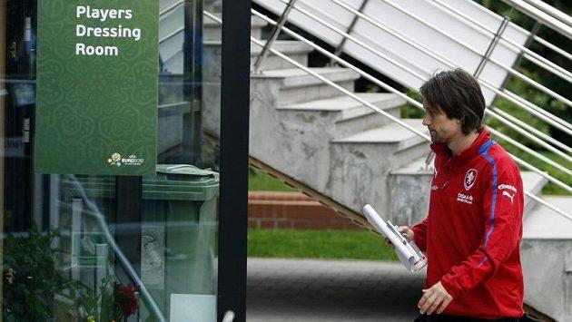 Tomáš Rosický proti Portugalcům pravděpodobně hrát nebude.