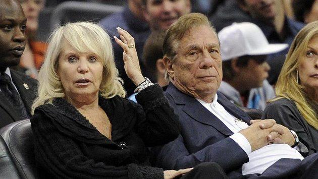 Donald Sterling, dosavadní vlastník Clippers, s manželkou v odloučení Shelly.