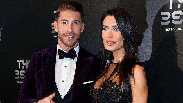 Sergio Ramos s partnerkou Pilar na předávání cen FIFA 2017.