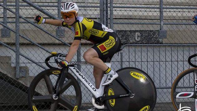 Cyklistka Jarmila Machačová.