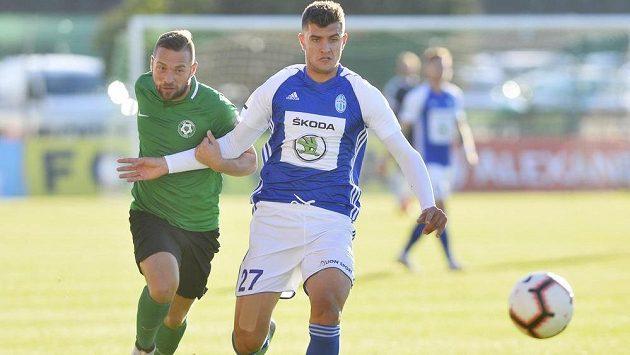 Zleva střelec dvou příbramských gólů Antonín Fantiš a Matěj Chaluš z Boleslavi.