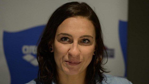 Plavkyně Barbora Závadová na tiskové konferenci před mistrovství Evropy v plavání v krátkém bazénu.