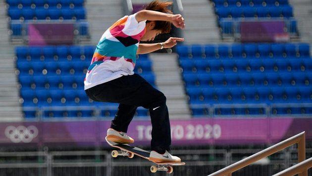 Premiérovým olympijským vítězem ve skateboardingu se stal Japonec Juto Horigome.