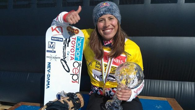 Češky kralují snowboardingu! Po Ledecké má křišťálový glóbus iSamková