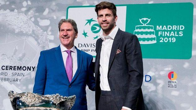 Gerard Piqué během čtvrtečního losování Davis Cupu