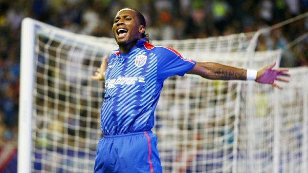 Vyhlášený kanonýr Didier Drogba zatím do Chelsea nemíří.