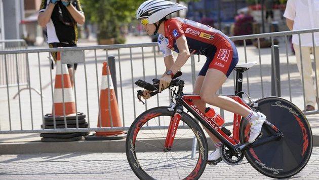 Česká rychlobruslařka a cyklistka Martina Sáblíková vybojovala druhé místo na Mistrovství ČR a Slovenska v silniční cyklistice v Púchově.