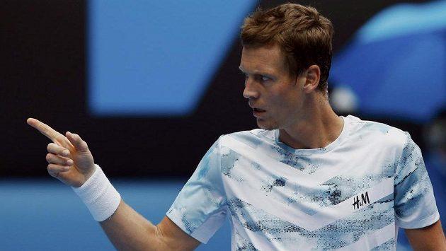 TENIS ON-LINE: Berdych válcuje Nadala. Ve druhé sadě uštědřil Španělovi kanára!
