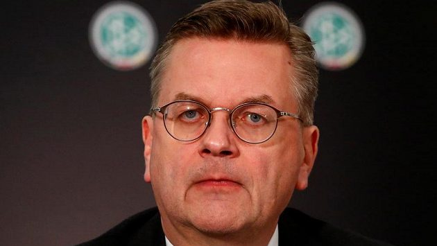 Bývalý prezident německé fotbalové asociace (DFB) Reinhard Grindel. Viceprezident UEFA a člen Rady FIFA stál v čele německého fotbalu tři roky.
