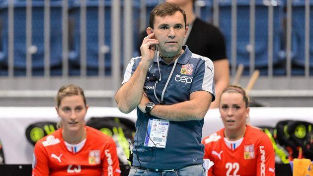 Miroslava Janovského (na snímku) vystřídal ve funkci hlavní trenéra florbalistek žen Švýcar Sascha Rhyner.