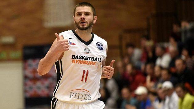 Dardan Berisha z Nymburka.