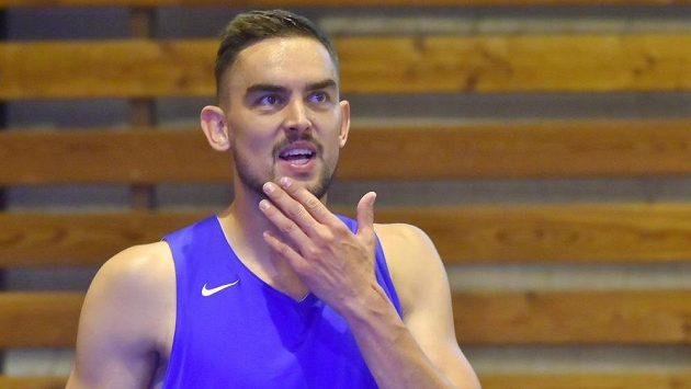 Basketbalista Tomáš Satoranský na tréninku české reprezentace v Mariánských Lázních.