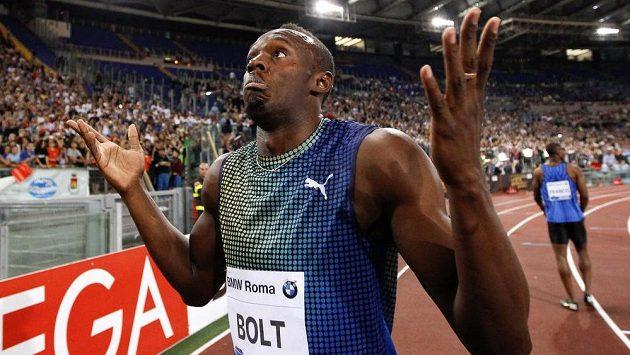 Co se to stalo? Jako by se ptal jamajský fenomén Usain Bolt po nečekané prohře s Justinem Gatlinem z USA ve sprintu na 100 metrů na Diamantové lize v Římě.