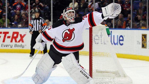 Brankář Martin Brodeur v dresu New Jersey Devils. Dlouholeté spojení nyní údajně skončí, legendární gólman se prý stěhuje do Minnesoty.